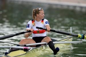 Akrobatische Leistung: Kerstin Hartmann musste das Boot allein in den Steg steuern, weil ihre Partnerin kollabiert war